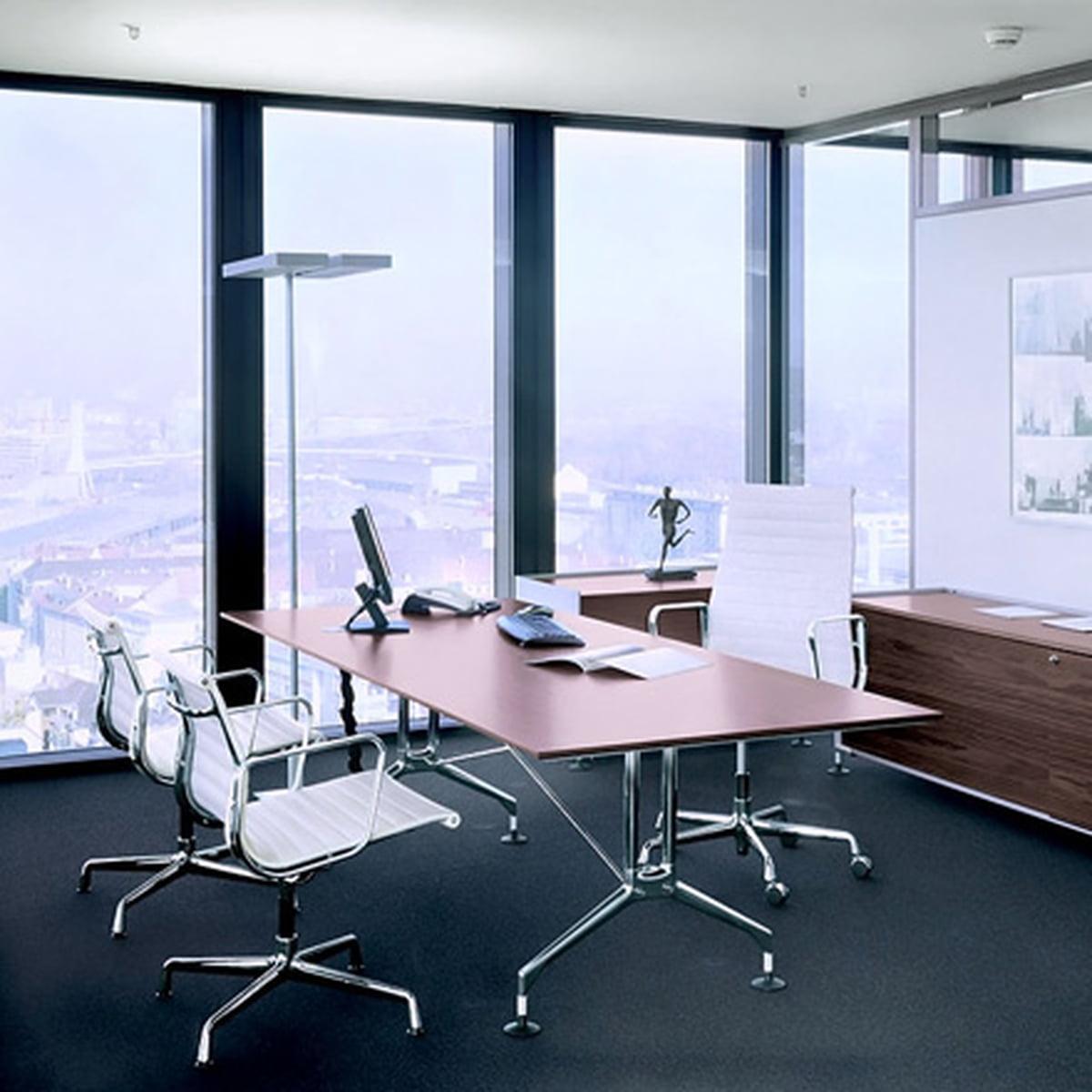 vitra aluminium group ea 117 bureaustoel connox. Black Bedroom Furniture Sets. Home Design Ideas