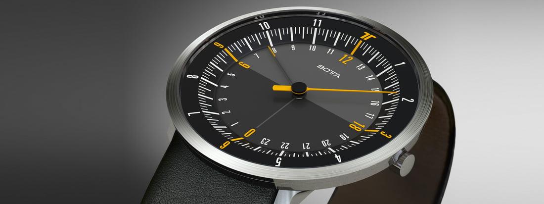 Botta Design produceert horloges van hoge kwaliteit met een leren band - gereduceerd tot de essentie. De Uno 24 Watch toont een eenvoudig en elegant ontwerp. Verkrijgbaar in de winkel!