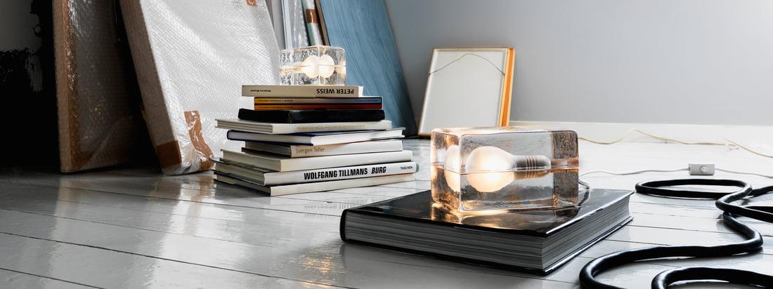 Koop producten van Design House Stockholm in de online shop, bijvoorbeeld de Block Lamp die bestaat uit een glazen blok. Het lijkt erop dat de lamp bevroren is in ijs.