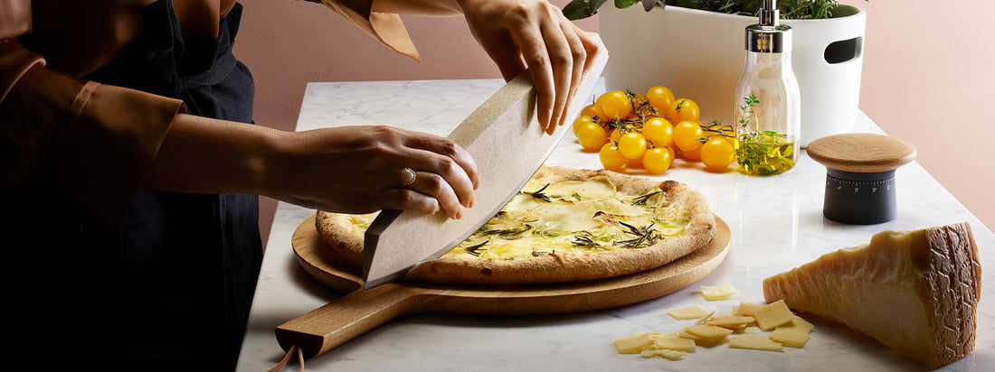 Eva Solo - fabrikant banner. Eva Solo biedt keukengerei en accessoires die het koken en bakken in de keuken vergemakkelijken. De producten onderscheiden zich ook door hun stijlvolle design.