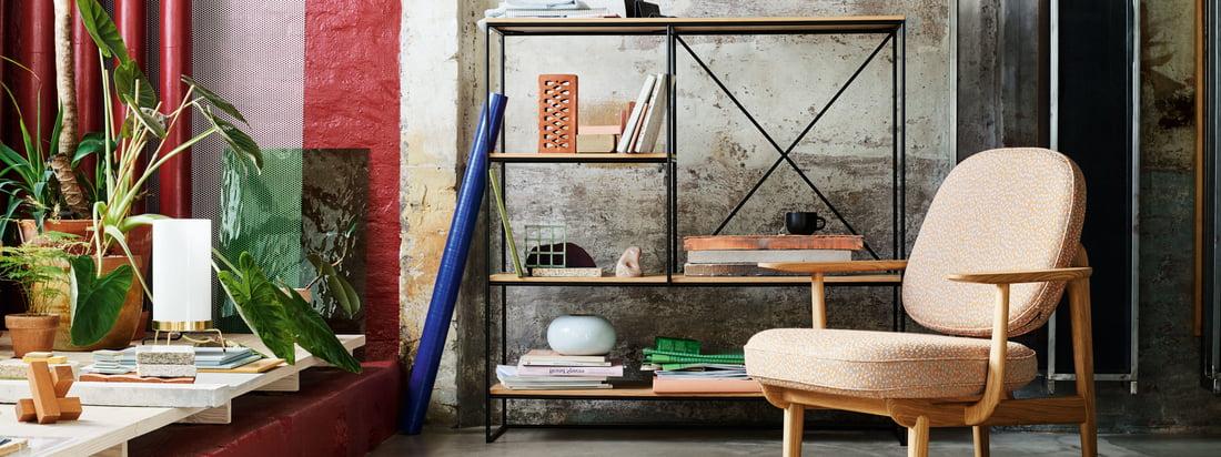 Fritz Hansen is een Deense meubelfabrikant. De Serie 7 stoelenserie en de Egg Chair met hun kenmerkende vorm behoren waarschijnlijk tot de bekendste ontwerpen van het bedrijf.