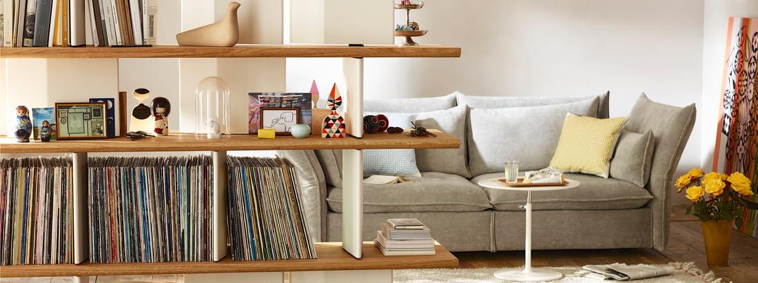 Vitra stellt die Design-Produkte von Charles & Ray Eames sowie George Nelson haar. Produkte, wie der original Eames Chair oder der DSW Stuhl sind wahre Klassiker im Vitra-Sortiment.