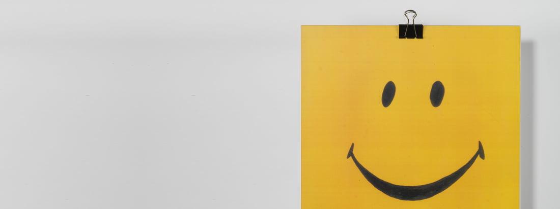 CopyLight staat bekend om grappige en creatieve motieven die gemakkelijk te verwijderen zijn. De Edition Copy Wall Lamp met een smiley motief garandeert een goed humeur in huis.