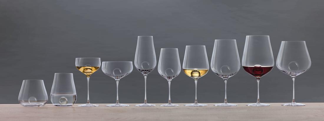 Air Sense Drinking Glass Series van Zwiesel 1872. Hoogwaardig, mondgeblazen glas in perfectie ontmoet helder Scandinavisch design: het Zweedse designduo Bernadotte & Kylberg en Zwiesel 1872 hebben de exclusieve conceptreeks Air Sense ontwikkeld, die geen concurrent heeft.