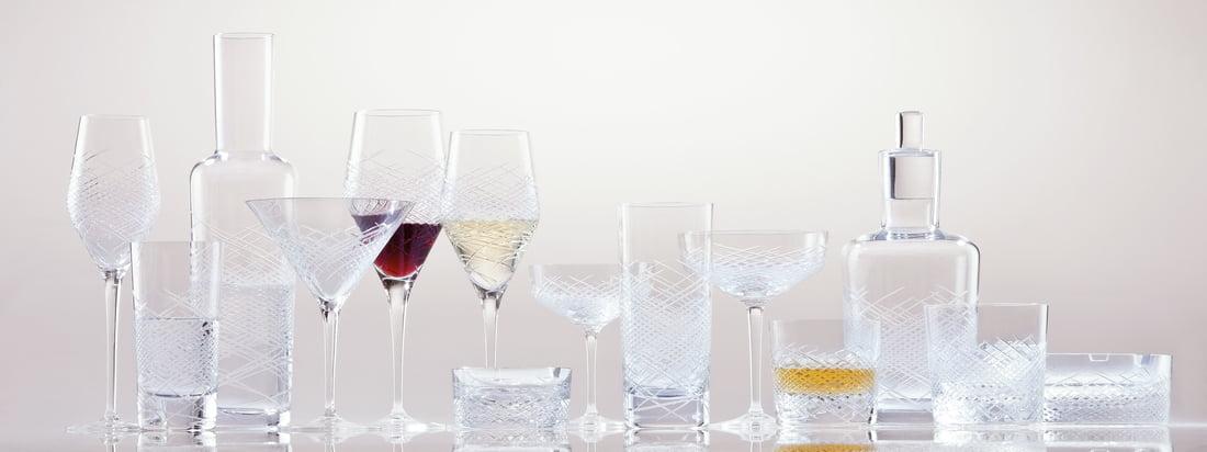 De Hommage Drinking Glass Series van Zwiesel 1872 bestaat uit whiskyglazen, longdrinkglazen, wijnglazen voor rode en witte wijn. De glazen behoren tot de Hommage Serie en overtuigen met hun herinterpretatie van de klassieke snit met moderne finesse.