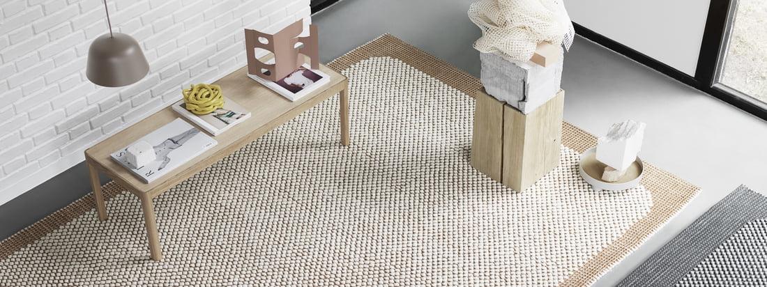 Muuto's Pebble tapijt in gebrand oranje bijvoorbeeld, ziet er geweldig uit in het entreegebied en creëert een uitnodigende, gezellige sfeer.
