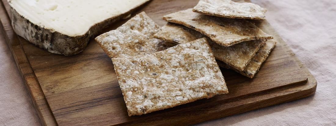 Plank snijplank (set van 4) van Skagerak: De Plank snijplank is geschikt voor snacks, als een rustieke serveerschotel of voor de sandwich ertussen.