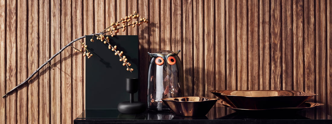 Als bijzondere fruitschaal, voor het serveren van snacks of als zelfstandig decoratief element - de platte schaal trekt in ieder geval alle blikken naar zich toe.