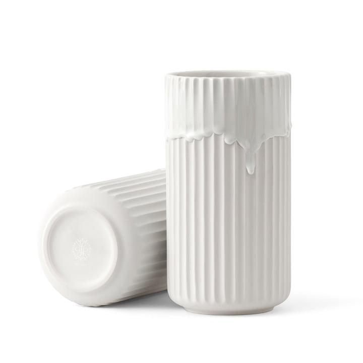 Lygby vaas met vatglazuur H 20 cm van Lyngby Porcelæn in het wit.