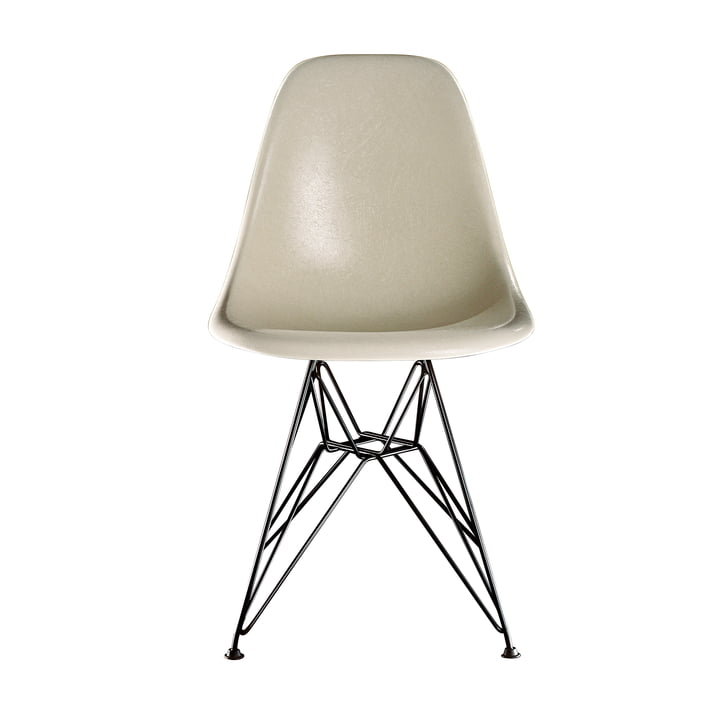 Eames Fiberglass Side Chair DSR van Vitra - basic dark / Eames perkament
