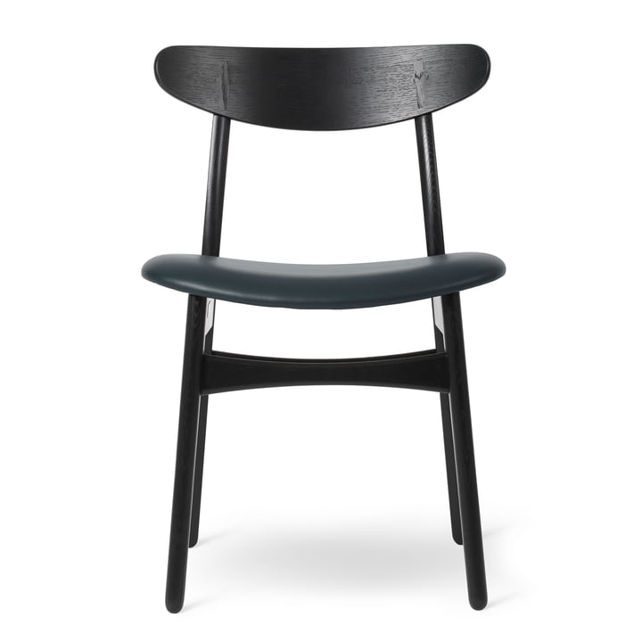 CH30P stoel in eiken zwart gelakt / leer Thor zwart van Carl Hansen
