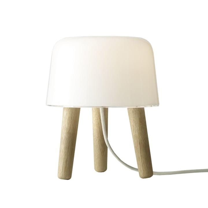 Milk Tafellamp van & tradition met witte kabel en eikenhouten voetjes