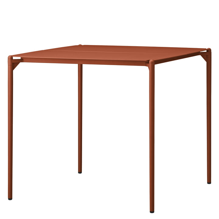 De Novo tafel van AYTM , 80 x 80 cm, ginger bread
