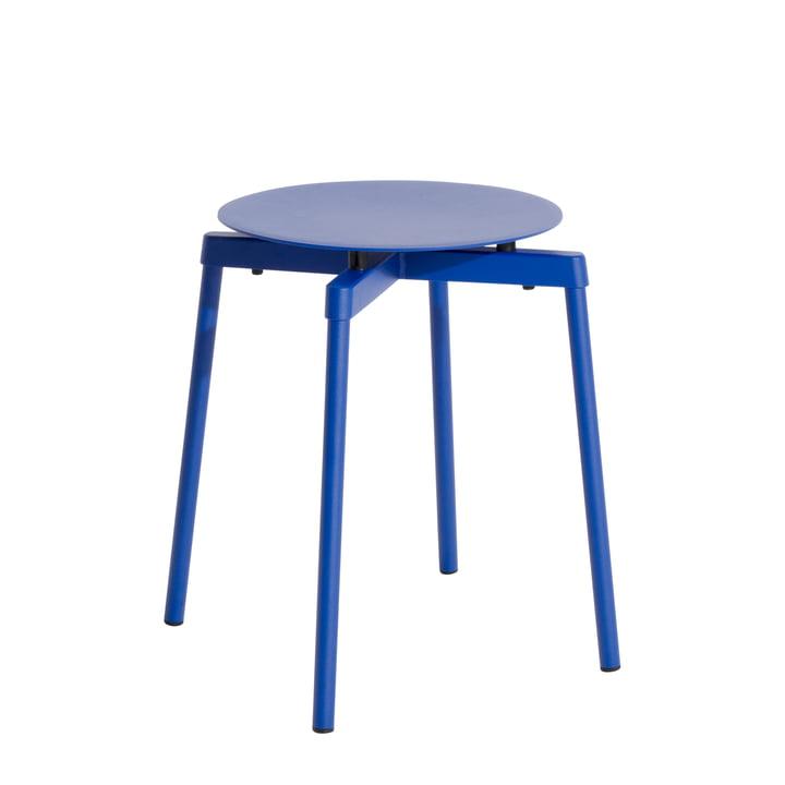 Fromme Kruk Outdoor van Petite Friture in kleur blauw